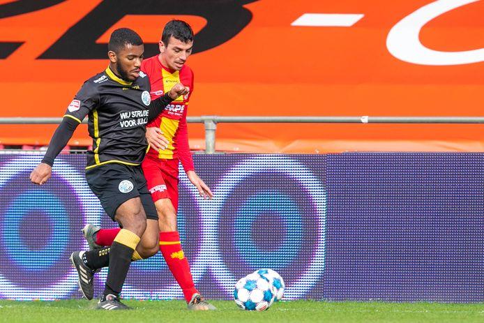Daniël Noels bij zijn debuut op 15 november 2020 tegen Go Ahead Eagles