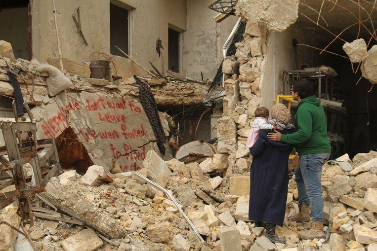 Van de stad Aleppo blijft alleen puin over na de bombardementen. Beeld