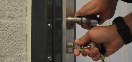 Verwarde Tilburger cel in na bedreiging: 'Wij gaan met AK47's schieten op de politie'