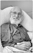 Rin i Kreeft in zijn bed bij zorgcentrum Machtella in Bennekom
