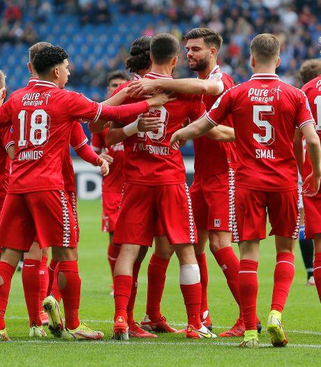 LIVE   Rots zet FC Twente in Heerenveen op 0-2 na flater Van Ewijk