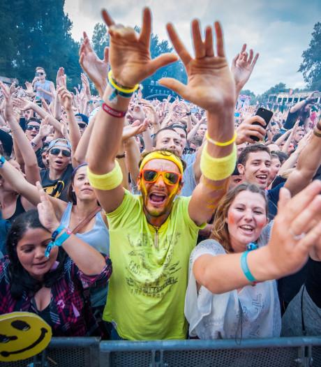 Betalen op festivals kan nu met mobieltje