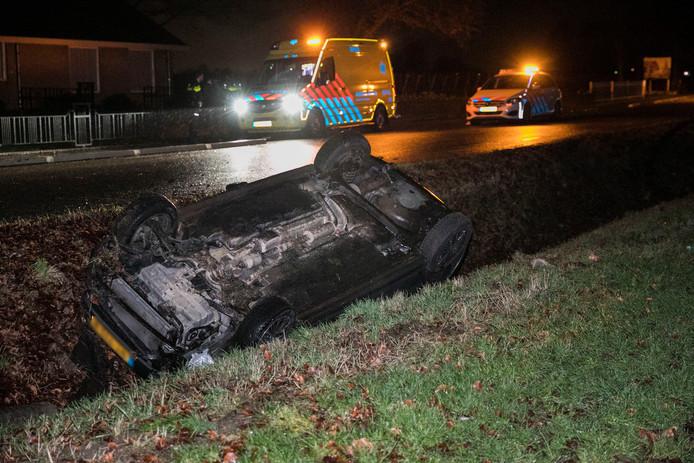 Hulpverlening na het ongeval in Doornenburg.