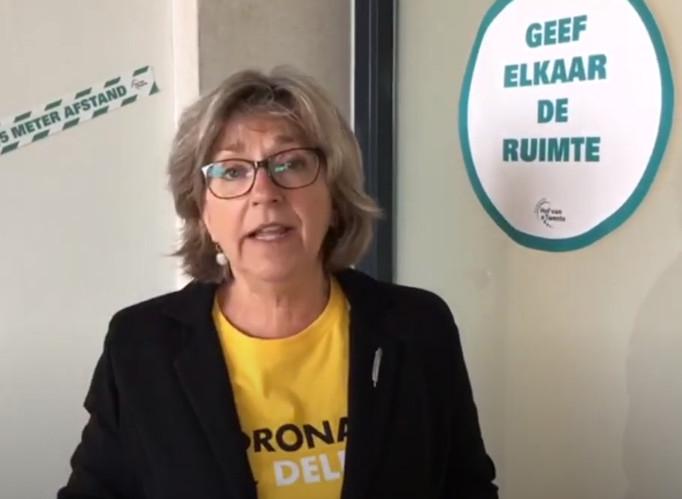 Burgemeester Ellen Nauta riep eerder  jongeren uit Hof van Twente op om met creatieve ideeën te komen voor het leven na corona.