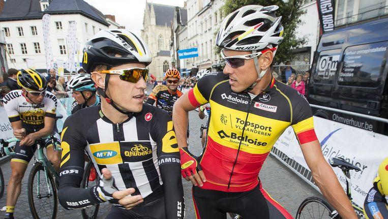 Serge Pauwels in conclaaf met Belgisch kampioen Preben Van Hecke. Beeld BELGA