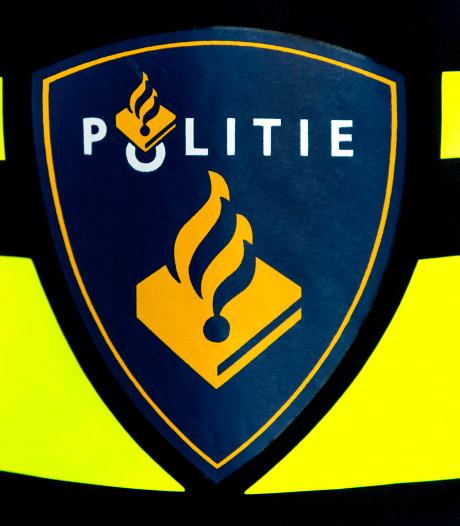 Duo uit Wijhe en Kampen met drugs en wapens aangehouden in Arnhem