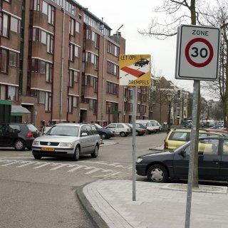 maximaal-30-kilometer-per-uur-in-heel-amsterdam-is-dat-haalbaar