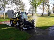 Heet water is nieuw wapen in de strijd tegen onkruid in Soest en Baarn