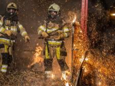 Oldemarkt schrikt op van felle nachtelijke brand in veewagen