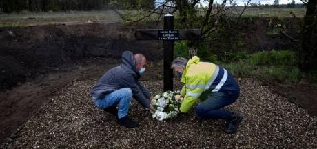 Herdenkingskruis gebroeders Looymans in Budel-Dorplein krijgt een nieuwe ereplaats