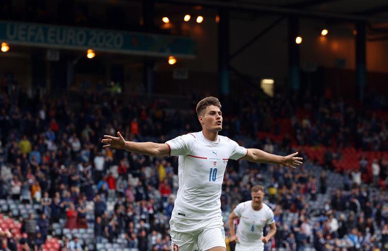 Patrick Schick viert zijn eerste doelpunt tegen Schotland. Beeld Pool via REUTERS