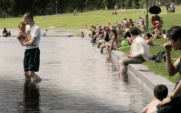 De wethouder van New York wil een voorbeeld nemen aan de publieke functie van Amsterdamse parken. Foto ANP/Juan Vrijdag Beeld