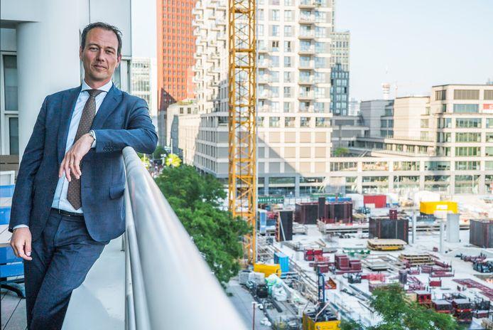 wethouder Boudewijn Revis ivm nieuwe plannen met het in aanbouw zijnde Onderwijs en Cultuurcomplex