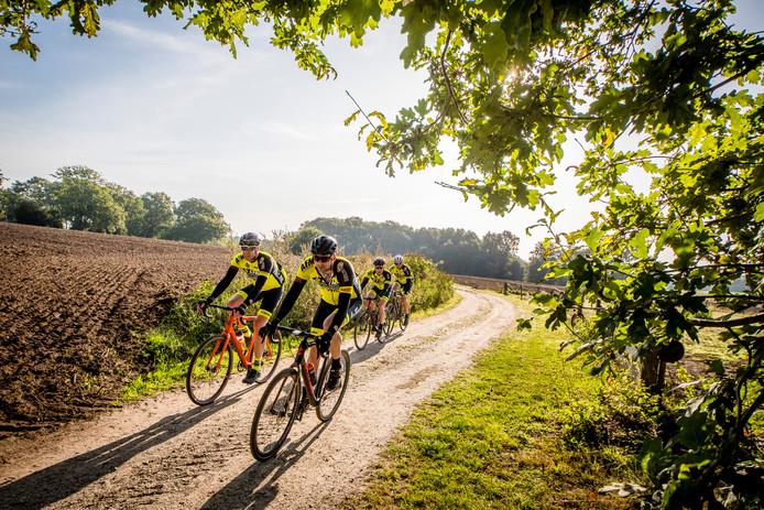 De Gravel Ride bracht de deelnemers naar de fraaiste plekken op het Twentse land.