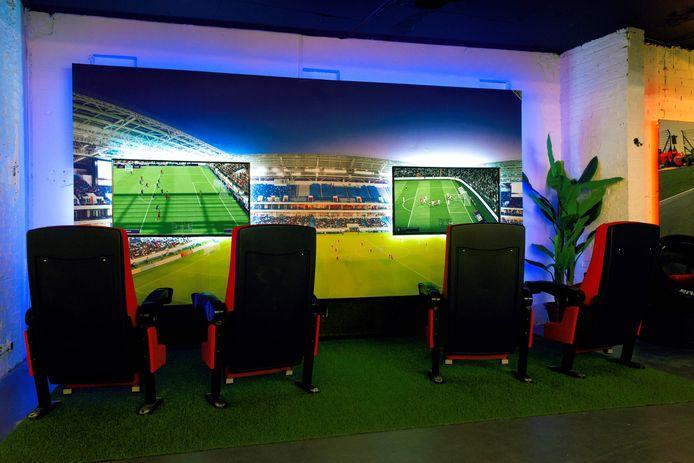 In het Race & Game Centre in Ede kun je ook lekker een potje FIFA spelen.