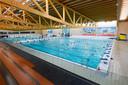 De tegels in het sportbad zijn allemaal vervangen, 1 juli kan het weer open