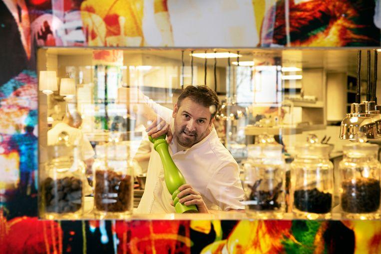 Chef-kok François de Potter van restaurant La Trinité in Sluis leverde zijn Michelinster in. Beeld Ton Toemen