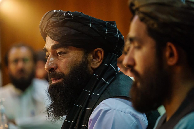 Taliban-woordvoerder Zabihullah Mujahid spreekt over de positie van vrouwen, muziek, televisie en mensenrechten Beeld Los Angeles Times via Getty Imag
