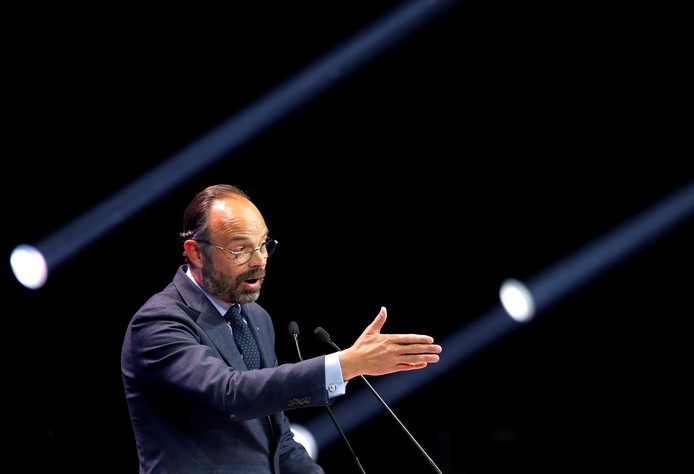 FILE PHOTO: French Prime Minister Edouard Philippe delivers a speech during a political rally of the Renaissance (Renewal) list for the European elections, in Strasbourg, France, May 11, 2019.   REUTERS/Vincent Kessler/File Photo