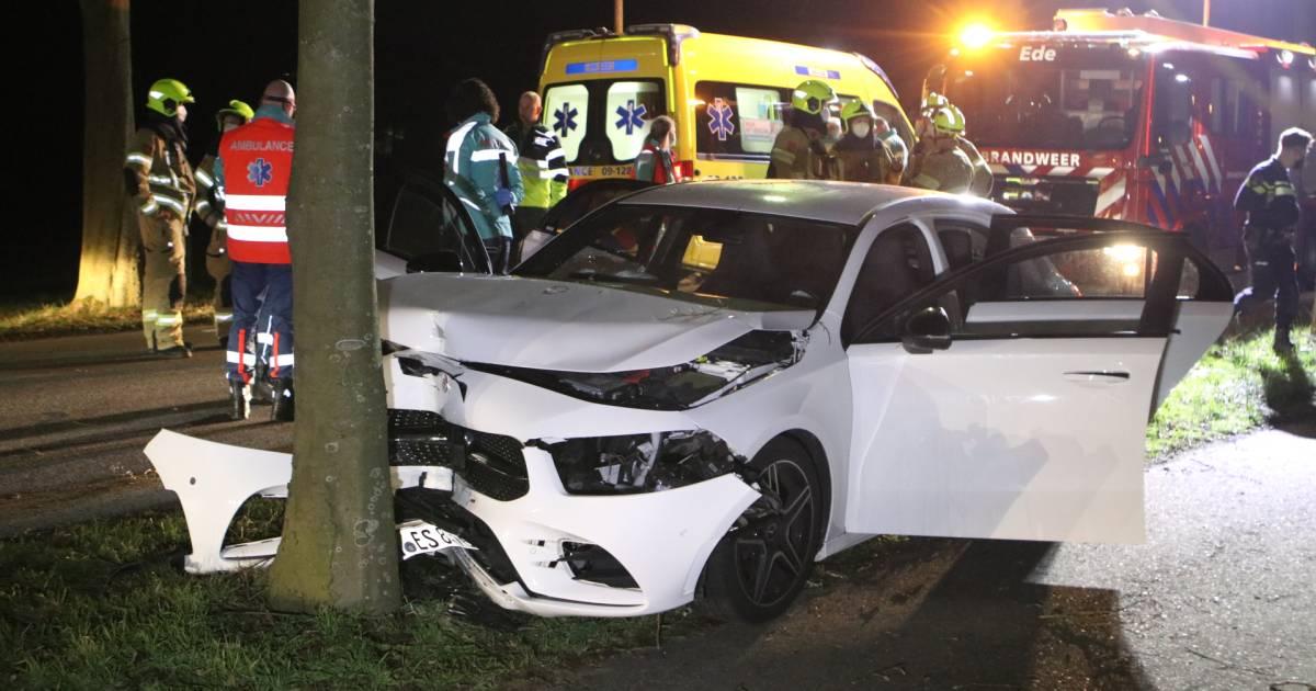 Meerdere gewonden bij ongeluk in Ede.