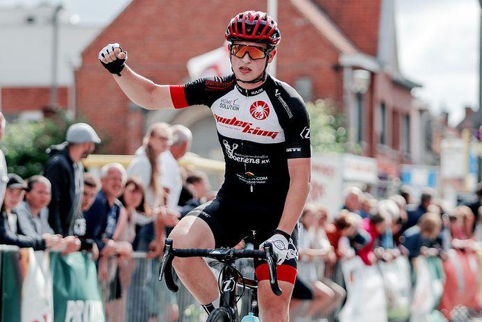 Mathias Vandenborre maakte vorig jaar het zegegebaar in Veldegem.