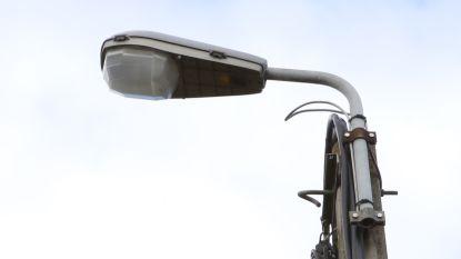 Oude straatlampen verdwijnen en ruimen plaats voor LED-lampen