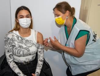 Spoor Oost: bijna alle minderjarigen die slot boeken voor coronavaccin dagen ook op