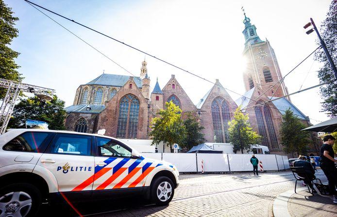 In Den Haag waren de voorbereidingen voor Prinsjesdag gisteren al in volle gang rondom de Grote kerk in het centrum van Den Haag.