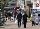 De Theresiastraat is het drukke hart met winkels en restaurantjes.