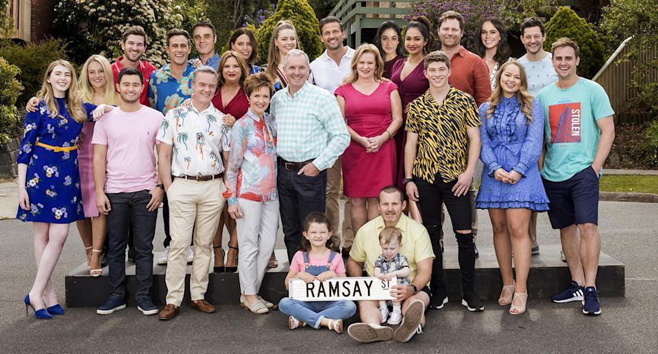 De cast van 'Neighbours'.