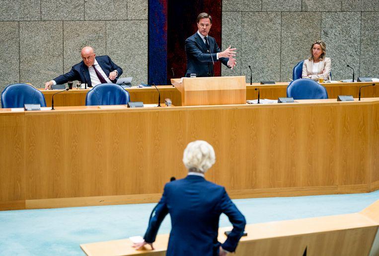 Premier Mark Rutte reageert op een vraag van Geert Wilders (PVV).  Beeld Freek van den Bergh / de Volkskrant