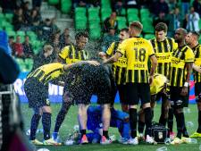 Vitesse overleeft in Groningse brandhaard: 'Met elf tegen negen hebben we niks laten zien'