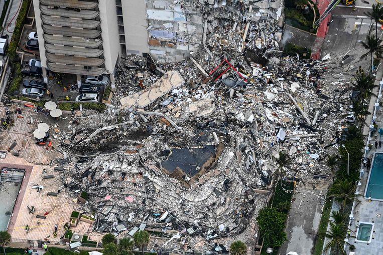 Archiefbeeld.  Een luchtfoto van de rampplek. (24/06/2021) Beeld AFP