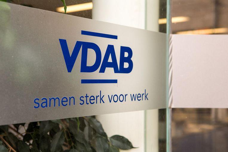 Sinds 2016 is het bestraffen van werklozen die onvoldoende inspanningen leveren om werk te vinden, de taak van de VDAB.