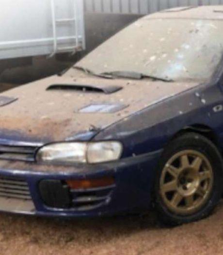 Stoffige Subaru die tien jaar in schuur stond brengt meer dan drie ton op tijdens veiling