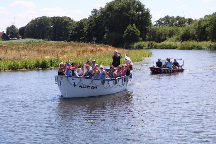 Diverse vaartuigen doen mee aan de G-Parade.