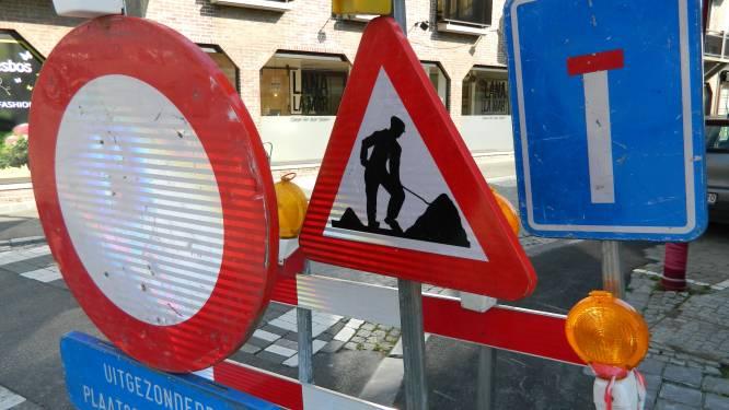 Maand lang verkeershinder door nutswerken in centrum Sluis