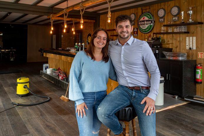 Michael Pistorius is een jonge horeca-ondernemer die samen met zijn vriendin Lieke Zaal Koch gaat runnen in Welberg.