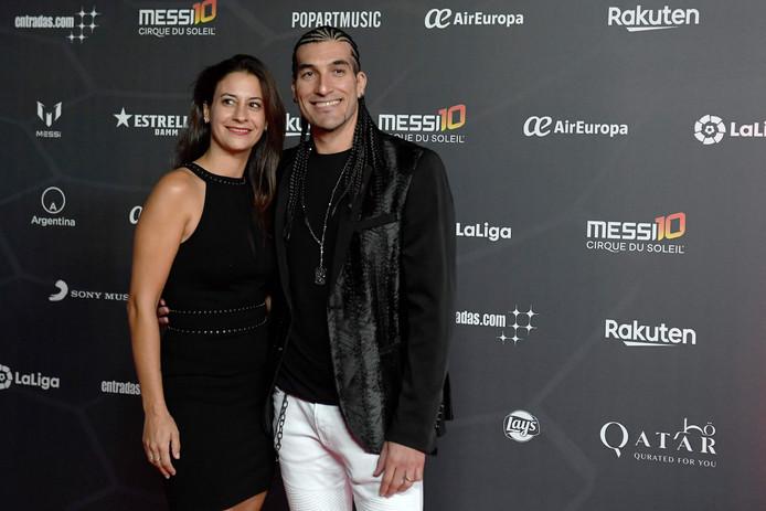 Voormalig Barcelona-keeper Jose Manuel Pinto met zijn vrouw Elena Gross.