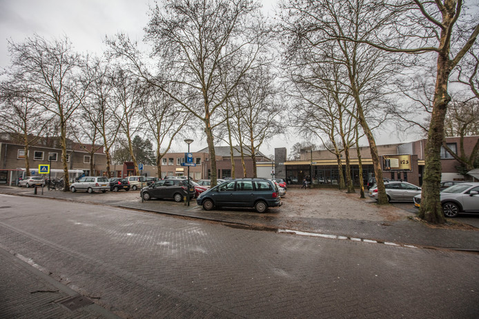 Gemeenschapshuis de Klepel met naastliggende gebouwen in Asten/
