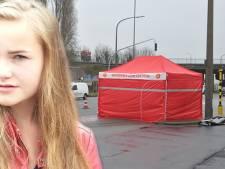 """Moeder Nikita (16) richt emotionele brief aan doodrijder: """"Je liet mijn dochter moederziel alleen liggen en hielp haar niet"""""""