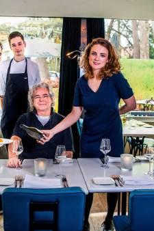 Brasserie Springer neemt Gouden Pollepel in ontvangst