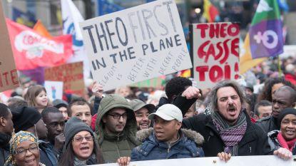 """""""Theo moet als eerste het vliegtuig op"""": 6.600 mensen betogen tegen Francken"""