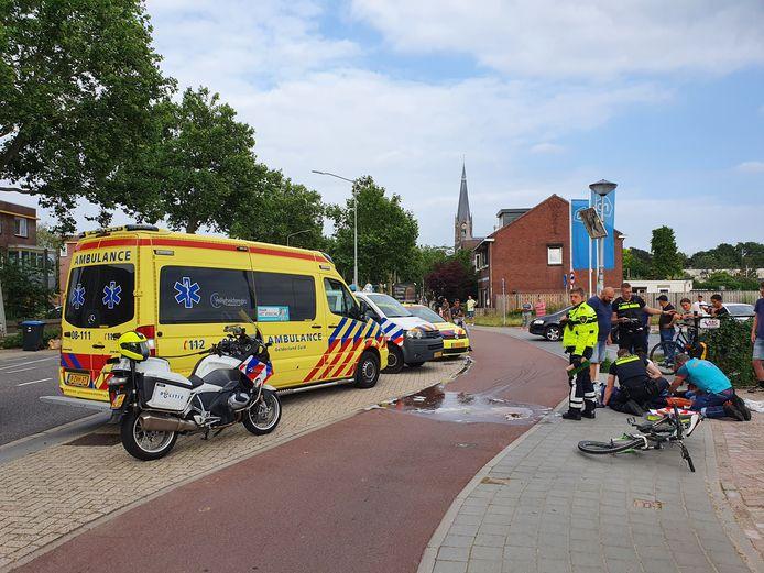 Het ongeluk in de Groenestraat trok veel bekijks.