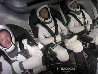 """SpaceX: """"Ruimtetoeristen Inspiration4 zijn gelukkig en in goede gezondheid"""""""