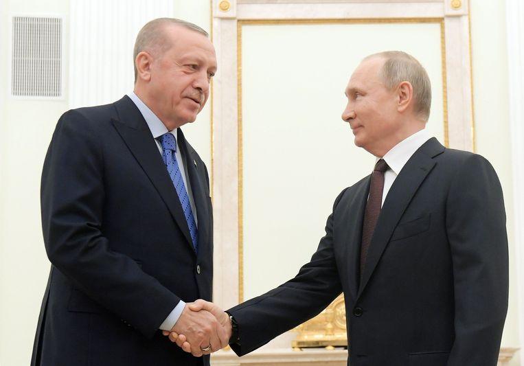 Turks president Recep Tayyip Erdogan en zijn Russische collega Vladimir Poetin. Beeld Photo News