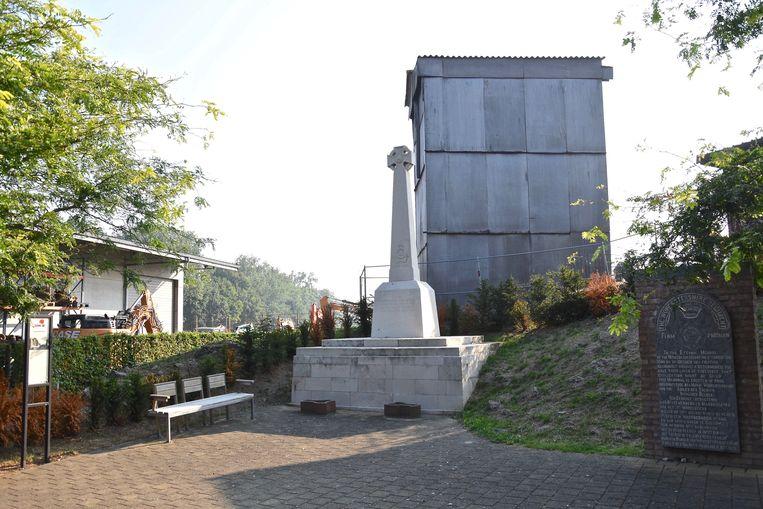 De molen is al lang in slechte staat en werd destijds deels ontmanteld. Onder andere de wieken zijn weg.