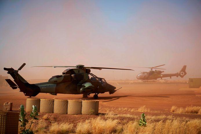 Een Eurocopter Tiger op de Franse militaire basis in Gao in het noorden van Mali.