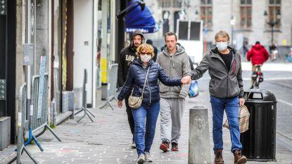 Wachtrijen aan telecomwinkels, koffiewinkel en Action in Brugge, maar overrompeling in centrum blijft uit