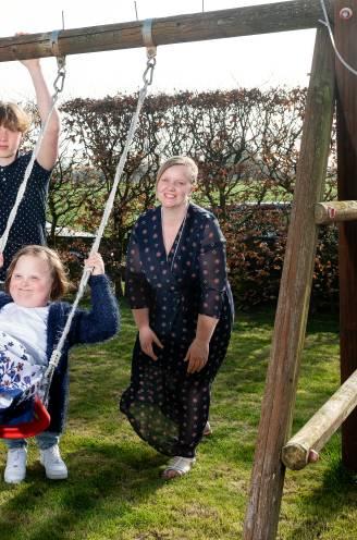 """Ben (41) en Marjolein (42) voeden drie kinderen op, onder wie een dochtertje met down: """"Het heeft ons hechter gemaakt als koppel"""""""